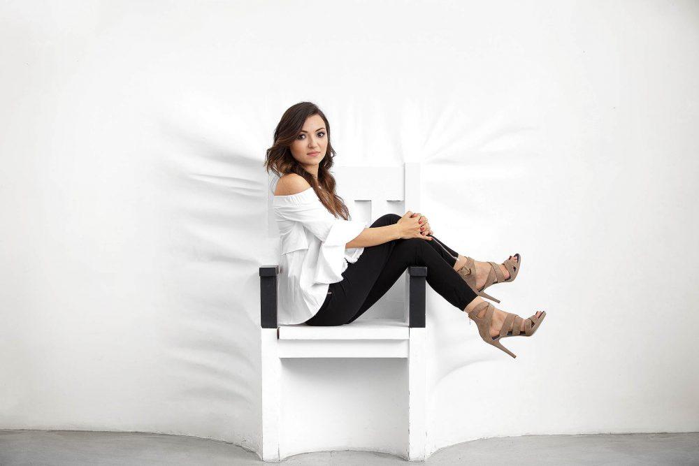 Portret corporate Nicoleta Schroeder