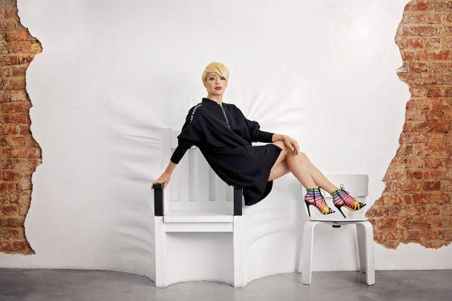 Portret corporate Roxana Magopet